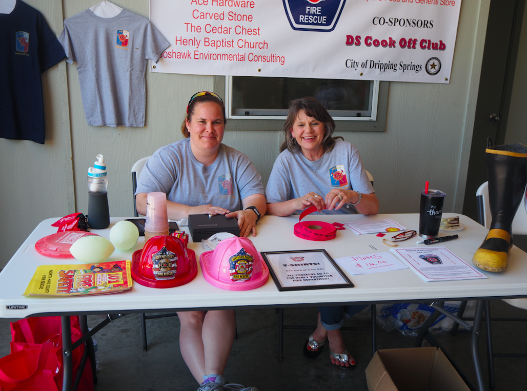 Volunteers Pam Terry and Donna Wright manned the sign in table.